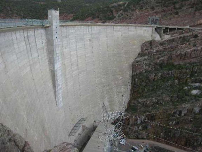 flaming-gorge-dam