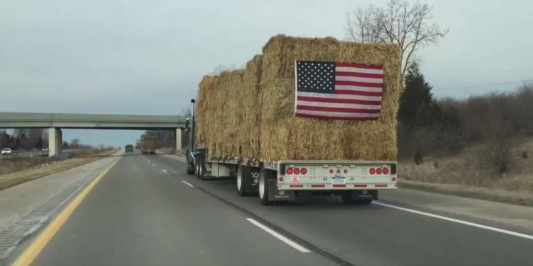 Truckers aid farmers in wake of Great Plains wildfires