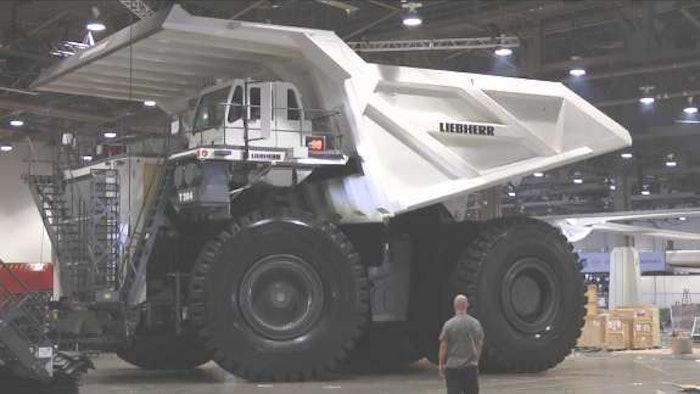 largest-dump-truck