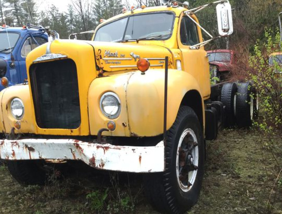 Auction scheduled for Aug. 19 to sell vintage Mack trucks