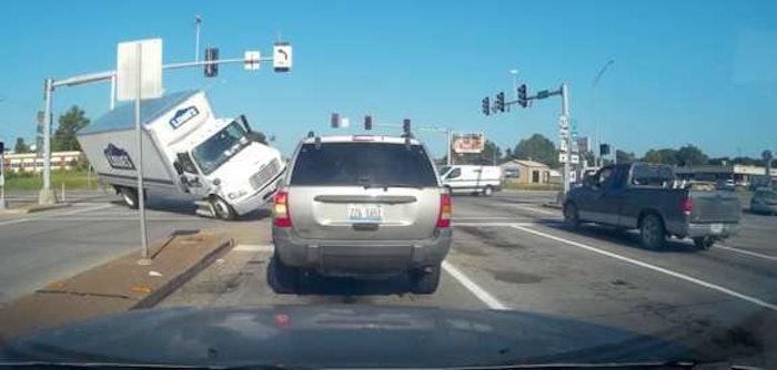 lowes-truck-crash