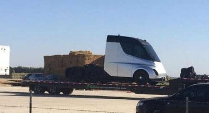tesla-truck2-2017-10-03-10-11-2017-10-04-09-00