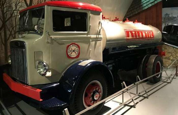 1938-Autocar-Tanker-970×728