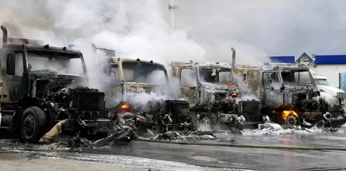 fire-4-trucks-indiana
