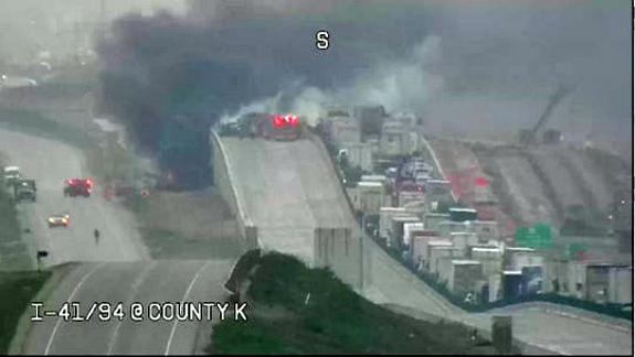 2 truckers die in fiery crash on I-94/41 in Wisconsin