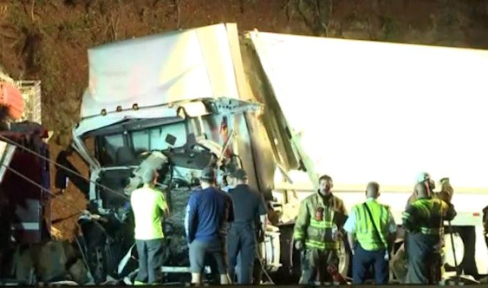 firetruck=truck-crash