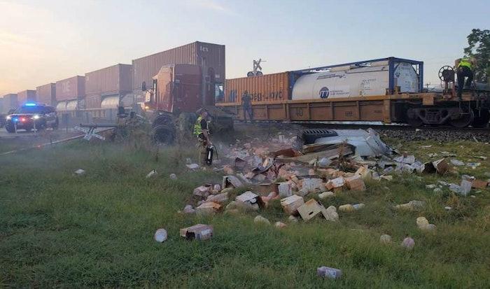 train-hit-struck-in-tyexas