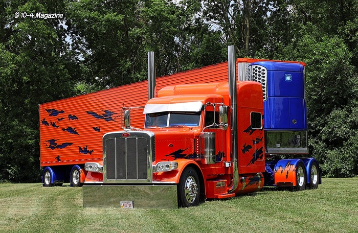 2016 Peterbilt 389 of Brian Dreher who won Best of Show at the virtual contest held in 2020.