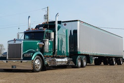 1996 Kenworth W900 owned by 2020 People's Choice award winner Jay Palachuk
