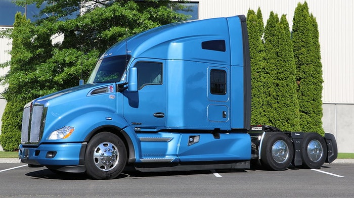 The winner gets a Kenworth T680 equipped with a 76-inch sleeper and the PACCAR Powertrain featuring the PACCAR MX-13 engine, PACCAR TX-12 automated transmission, and PACCAR DX-40 tandem rear axles.